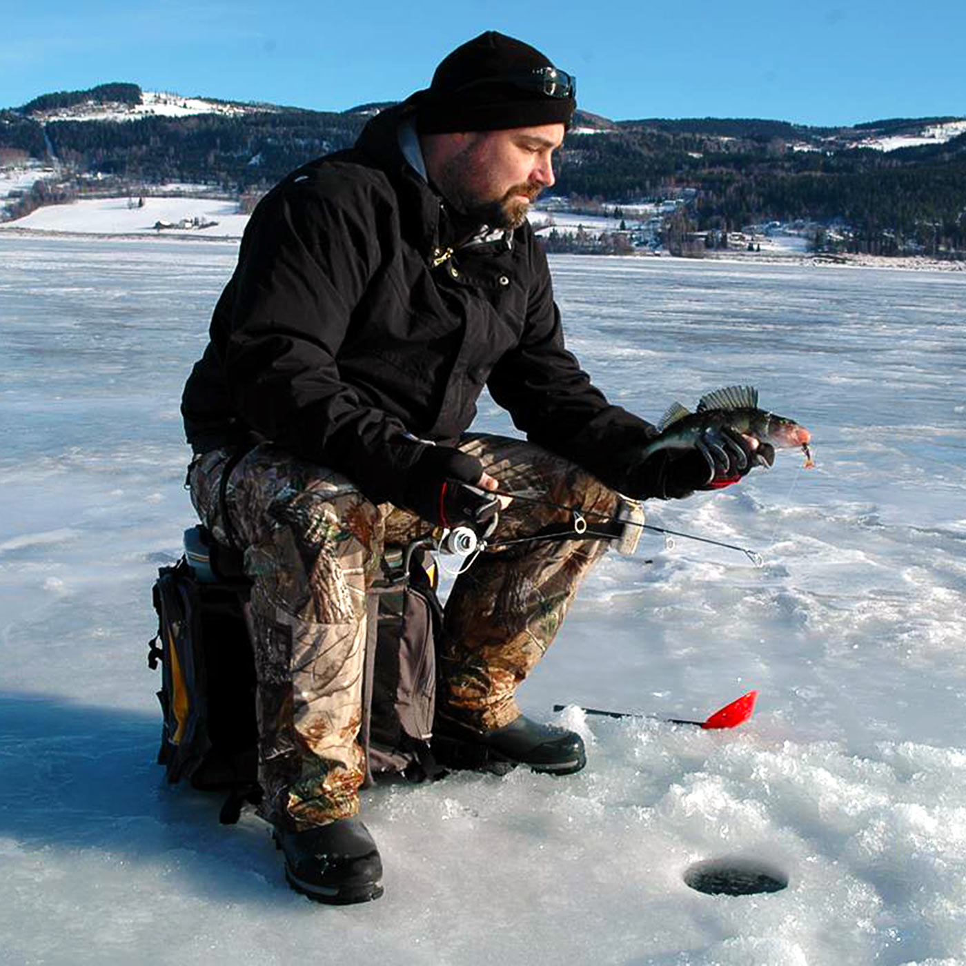 winter-fishing3