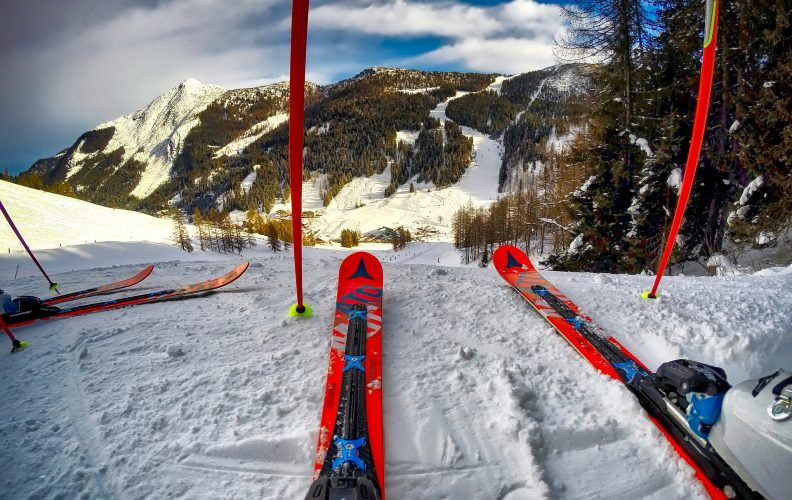 Understanding the Technology Behind Skis